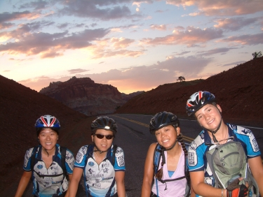 After a 4.30 am wake up, we were rewarded with a dazzling sun rise on our ride out of Capitol Reef National Park.