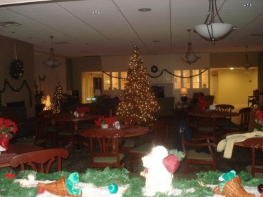 The Hope Lodge dining room decorated for Thanksgiving and  Holiday festivities